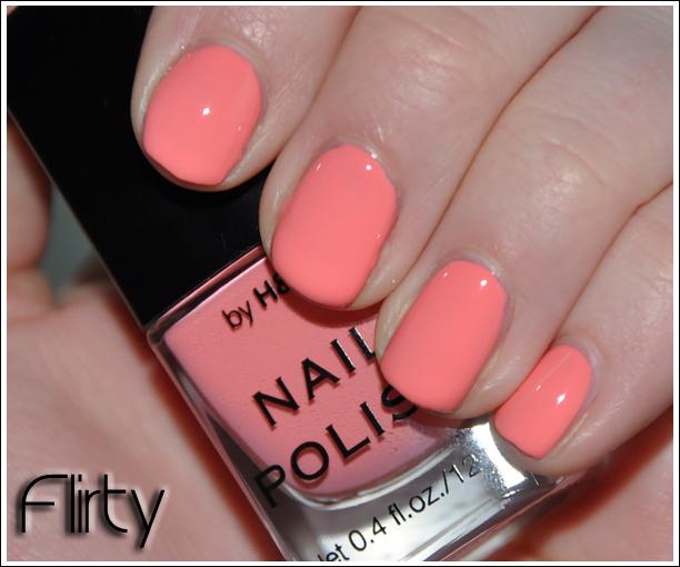 H&M Nail Polish Flirty NOTD