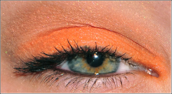 EOTD med MNY My Shadow 321 Orange Makeup Eyeshadow
