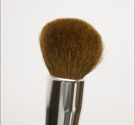 bareMinerals Handy Buki Brush Recension & Bilder