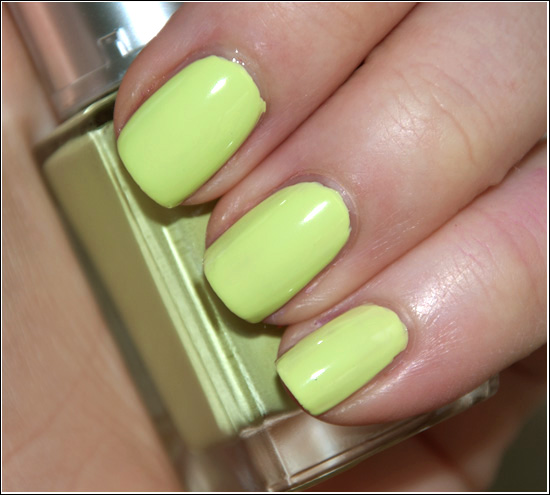 Leighton Denny Shipwrecked High Performance Nail Colour Recension, Swatches, Bilder