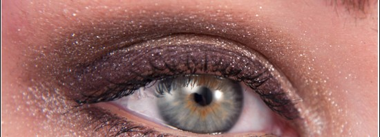 IsaDora Lynx Eye Look