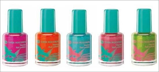 Yves Rocher Nail Polishes Orchidée rose, Hibiscus rouge, Bleu des Bermudes, Hibiscus rose et Menthe tropicale.