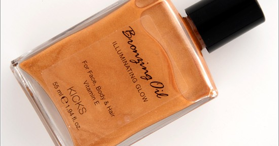 KICKS Bronzing Oil Illuminating Glow Recension, Swatches, Bilder