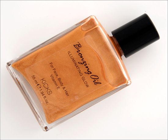 KICKS Bronzing Oil Illuminating Glow