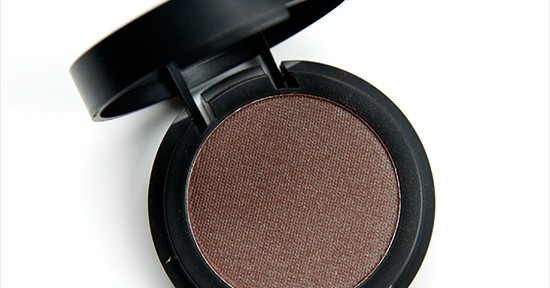 Make Up Store Volga Microshadow Recension, Swatches, Bilder