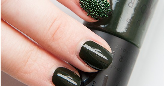 Make Up Store Erik Nailpolish & Dark Green Nail Deco Caviar Recension, Swatches, Bilder