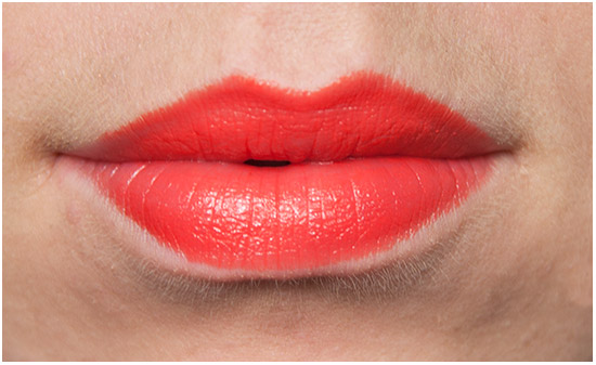 Maybelline-Electric-Orange-lips