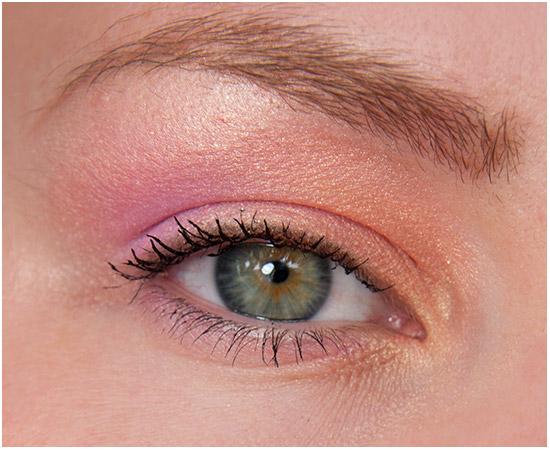 TheBodyShop-Clementine-Eye-look