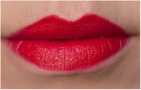 Apolosophy-Passion-Red-Lipstick-Swatches