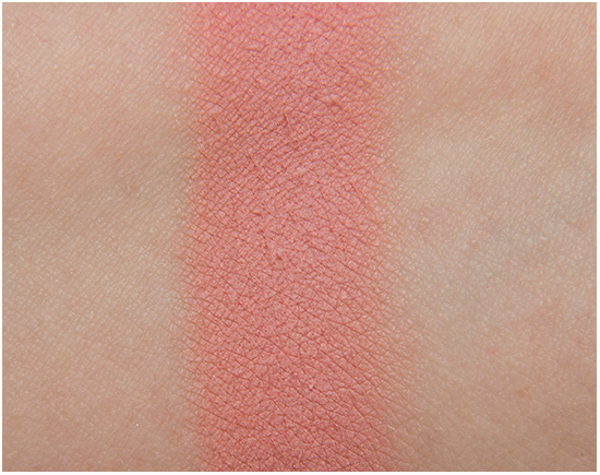 Loreal-104-La-Vie-En-Rose-Swatches
