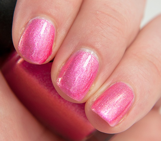 OPI-Cant-hear-myself-pink-Swatches