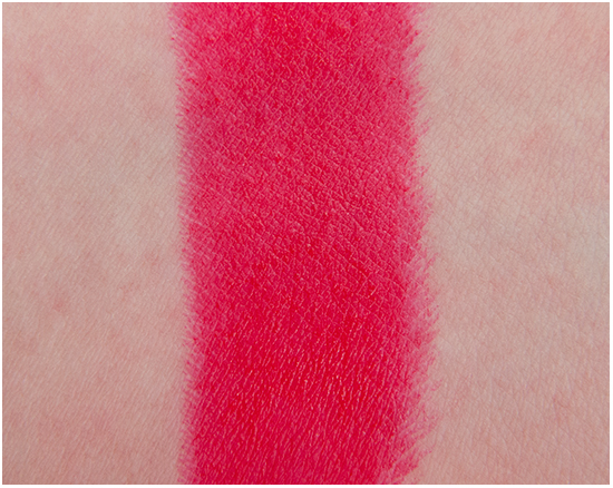 Loreal-Juliannes-Red-Lipstick-Privee-Swatches