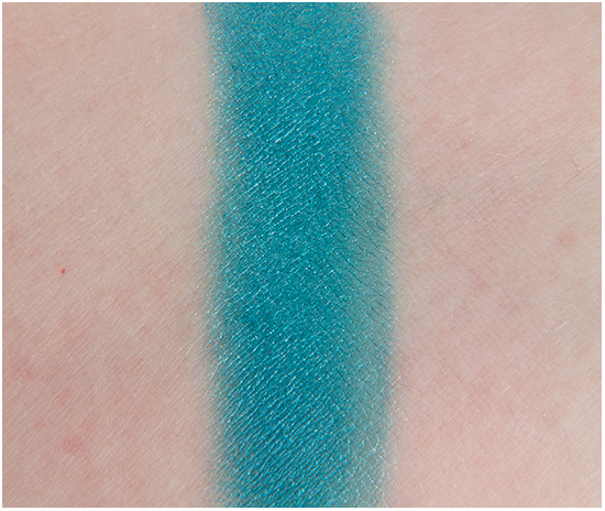 Loreal-Punky-Turquoise-Eyeshadow-Swatches