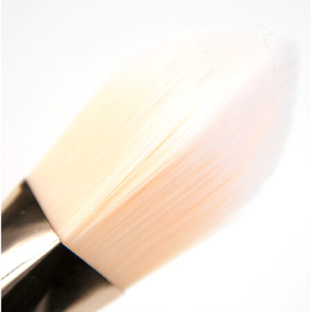 Real Techniques Bold Metals Brush 101 Triangle Foundation