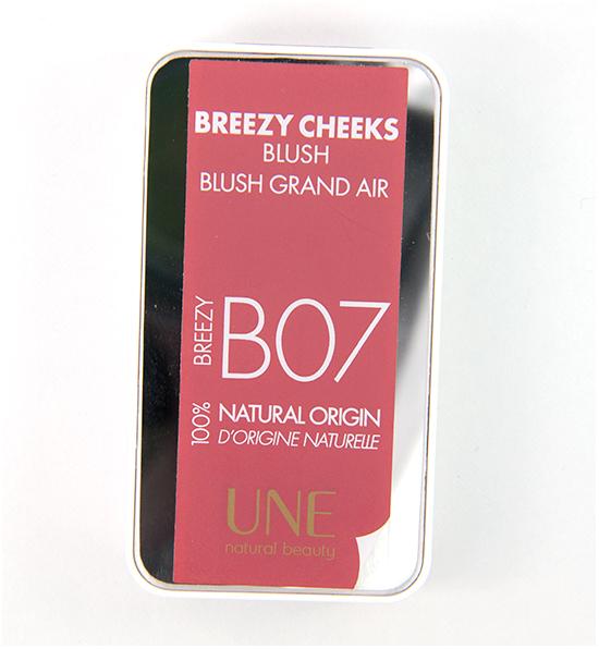 UNE Blush Breezy Cheeks