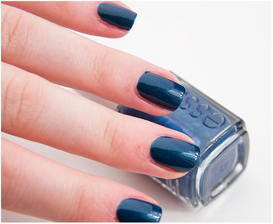 essie-bell-bottom-blues002