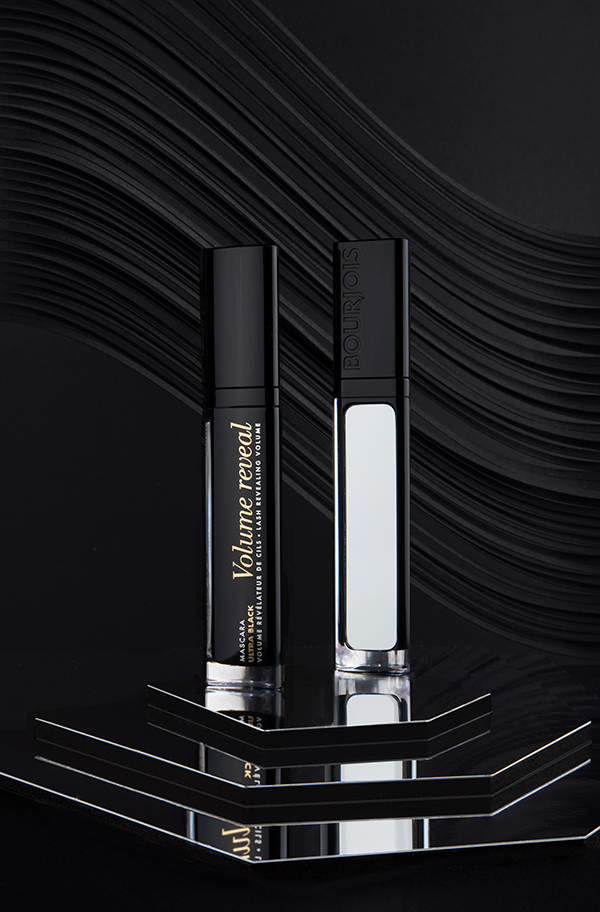Bourjois Volume Reveal Ultra Black Mascara 1