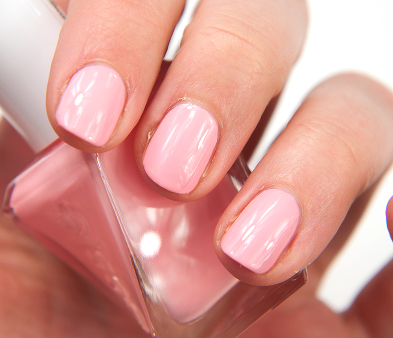 Essie Couture Curator Gel Nails