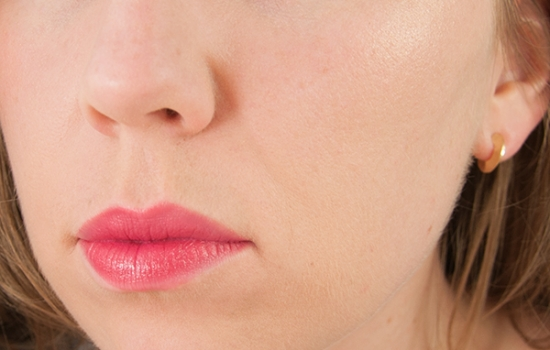 Bourjois Swatches Majes Pink Rouge Laque on Lips