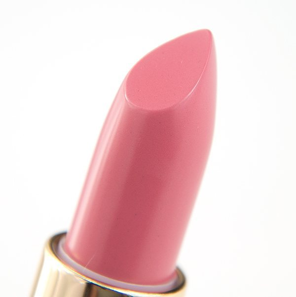 Powder Puff Cream Lip Colour by @hm Beauty #hmbeauty #hmcreamlipcolour #hmlipstick #hmmakeup #hm #pinklipstick #powderpink #lipstick #makeup #beauty #läppstift #läppstiftet