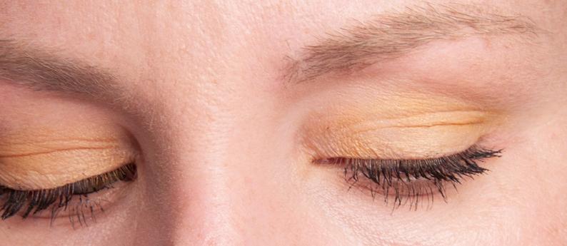 HM Mandarin Gold Eye Colour Look