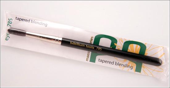 Bdellium Tools 785 Maestro Tapered Blending Brush
